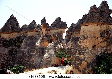 Stock fotografie elfje schoorsteen cappadocia k16335061 zoek stockfoto 39 s beelden prints - Centraal geschorste schoorsteen ...
