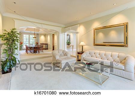 banques de photographies salle de s jour dans a luxe maison k16701080 recherchez des. Black Bedroom Furniture Sets. Home Design Ideas