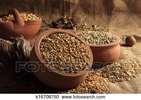 cereal ingredients industry wheat rice oat Cereal, oats & honey provide production code on package ingredients whole grain wheat, rice, sugar, whole grain oats, wheat bran.