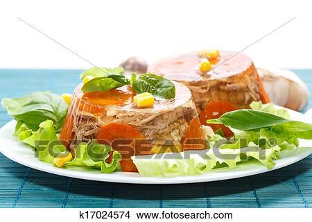 Заливное из куриных желудков рецепт с фото