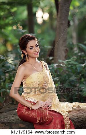 图吧- 泰国人, 妇女, 穿, 典型, 泰国人, 衣服.