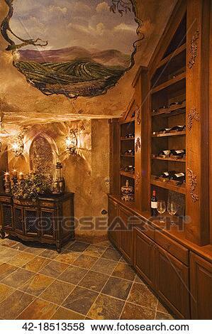 Beelden plafond schilderij in wijnkelder 42 18513558 zoek stock foto 39 s beelden print - Schilderij kamer ontwerp ...
