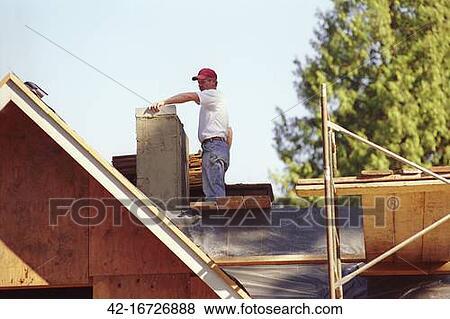bilder maurer vollenden rahmen f r mauerstein schornstein 42 16726888 suche stockfotos. Black Bedroom Furniture Sets. Home Design Ideas