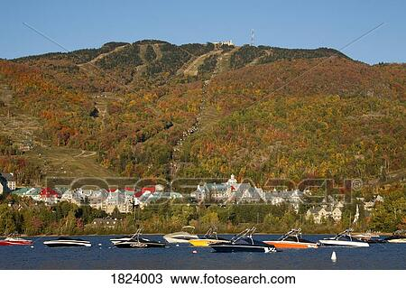 Stock photo of mont tremblant lac tremblant quebec for Lac miroir mont tremblant