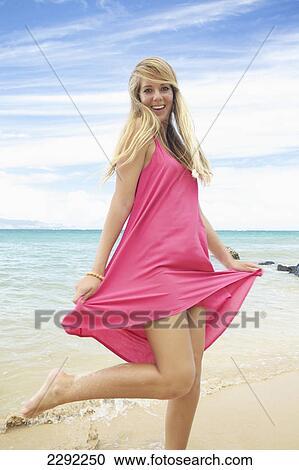 hawk-teenage-girl-beach