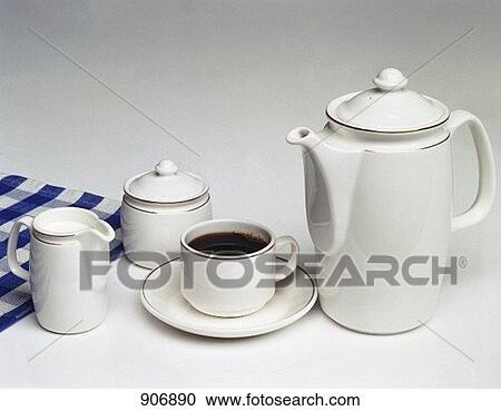banques de photographies a tasse caf cafeti re bol sucre et cr me cruche 906890. Black Bedroom Furniture Sets. Home Design Ideas