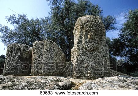 filitosa site archeologique