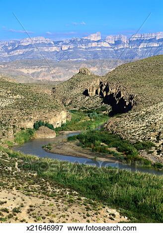 Picture of Rio Grande and the Sierra del Carmen x21646997 ...