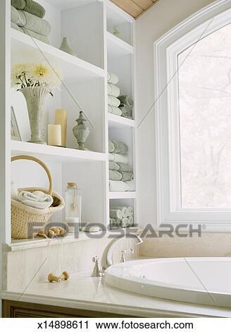 Stock fotografie badezimmer x14898611 suche stockfotos for Badezimmer clipart