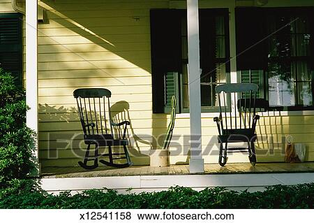 Front Porch Clipart pictures of front porch of house with rocking chairs x12541158