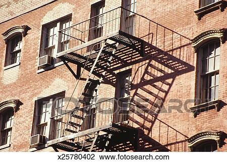 banque de photo usa ny new york b timent escalier secours tapes x25780402. Black Bedroom Furniture Sets. Home Design Ideas