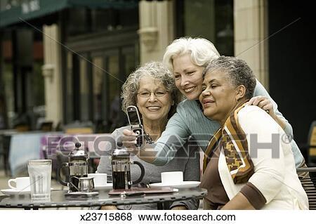 eldre kvinner yngre menn luxus escorte