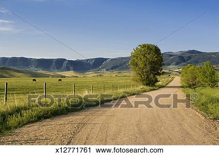 Stock photography of usa wyoming sheridan gravel road Usa countryside pictures