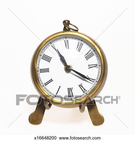 Archivio fotografico oro analogue tavola orologio for Orologio numeri romani