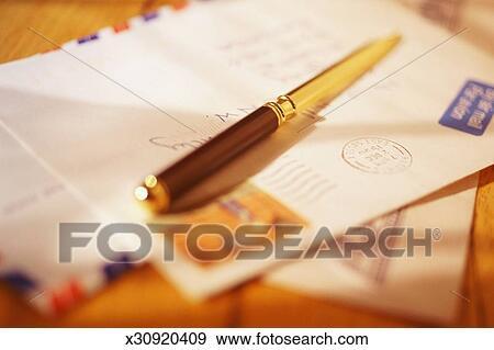 信件开罐头刀, 依赖, 航空邮递封皮图片
