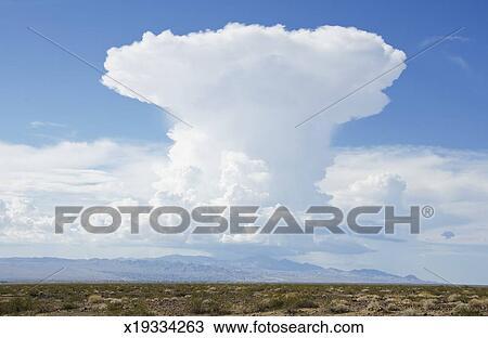 Nimbus cloud Stock Photo Images. 699 nimbus cloud royalty free ...