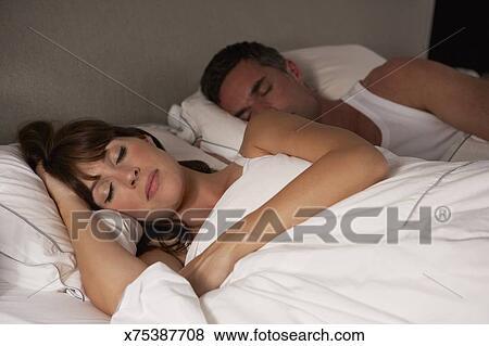 Фото в постели смотреть бесплатно
