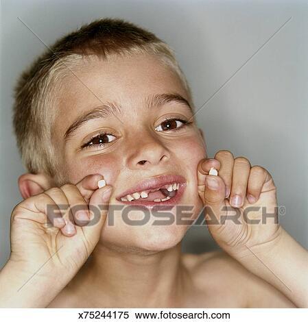 Как вытащить зуб у ребенка без боли в домашних условиях