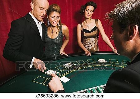 Порнофильм казино без границ онлайн