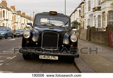 banque d 39 images taxi noir dans londres angleterre 190006 recherchez des photos des. Black Bedroom Furniture Sets. Home Design Ideas