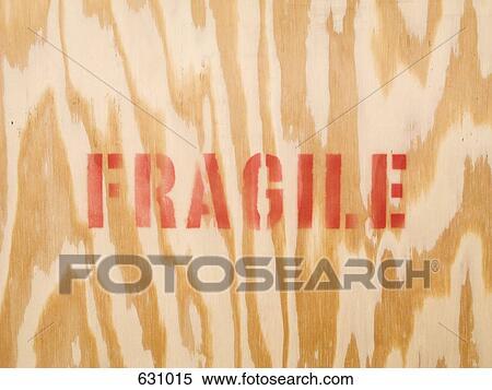 stock bild dass wort zerbrechlich stenciled auf holz 631015 suche stockfotos. Black Bedroom Furniture Sets. Home Design Ideas