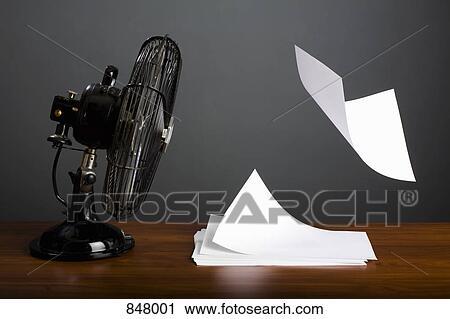 banques de photographies une ventilateur lectrique. Black Bedroom Furniture Sets. Home Design Ideas