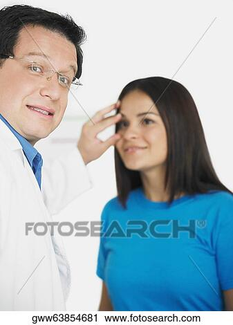 Doctors dating other doctors