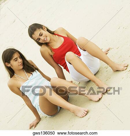 Bikini adolescent voir à travers l'adolescence