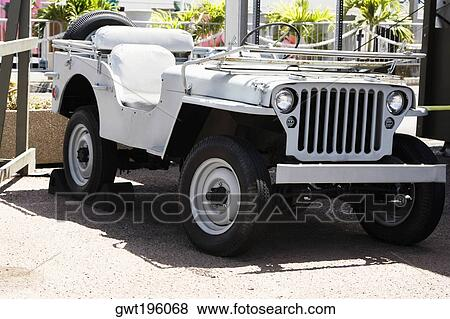 pictures of jeep in a museum pearl harbor honolulu oahu hawaii islands usa gwt196068. Black Bedroom Furniture Sets. Home Design Ideas