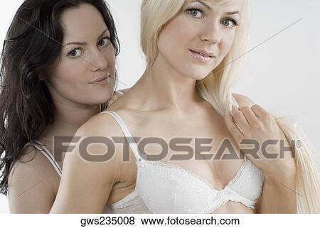 Mega Schwanz - LXAX - Porno Luder und geile Teenies