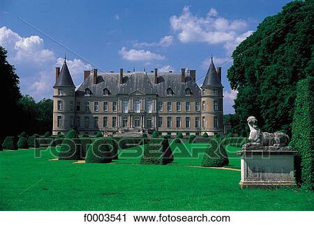 Archivio fotografico castello giardino castello di - Giardino francese ...