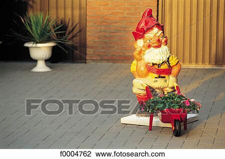 exterior asian art objects