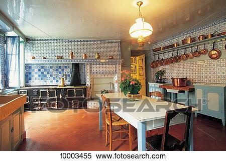 House, Inside, Indoors, Kitchen, Europe, France