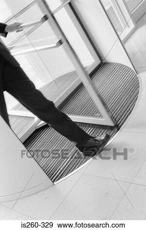 banque de photographies homme utilisation porte. Black Bedroom Furniture Sets. Home Design Ideas
