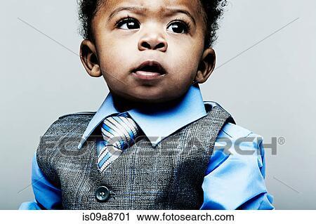 stock fotografie portr t von baby junge tragen. Black Bedroom Furniture Sets. Home Design Ideas
