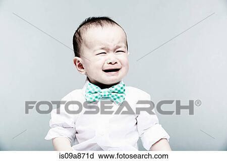 stock fotografie portr t von baby junge tragen hemd. Black Bedroom Furniture Sets. Home Design Ideas