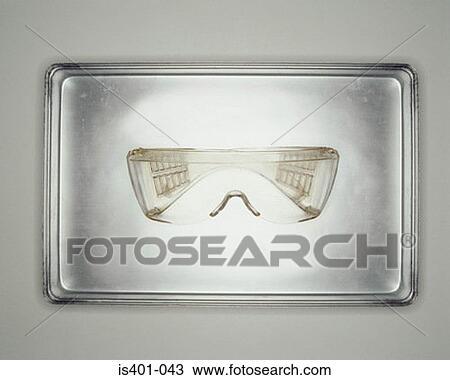 stock foto schutzmaske auf metall beh lter is401 043 suche stock fotografien posterbilder. Black Bedroom Furniture Sets. Home Design Ideas