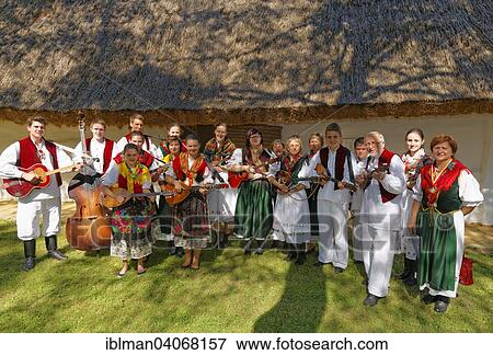 image stalnost cajta danse folklorique groupe burgenland croats musique folklorique. Black Bedroom Furniture Sets. Home Design Ideas