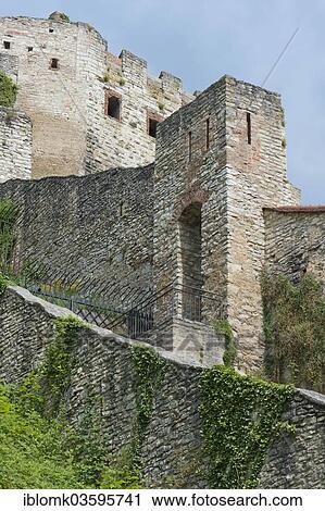 Banques de photographies fortified murs ruines de for Olaf decoration exterieure