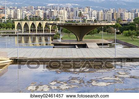 Image expo site rachid karami international foire for Architecte bresilien