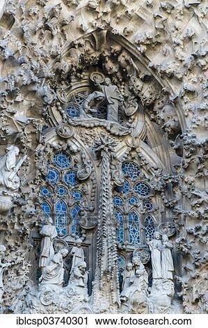 banco de fotografas natividad fachada sagrada familia o baslica yo templo expiatori de sagrada familia baslica y expiatory iglesia de
