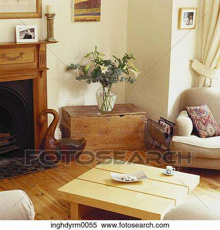 Caminetto Soggiorno decorazione : ... in, uno, soggiorno, con, uno, caminetto Visualizza immagine ingrandita