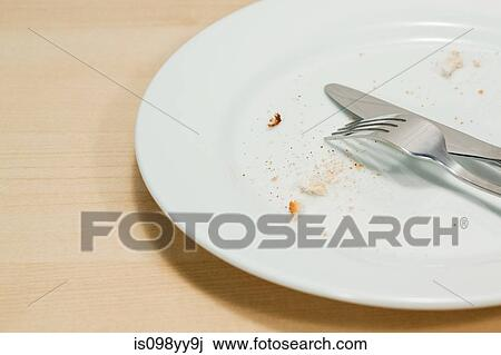 Empty plate Illustrations and Stock Art. 11,645 Empty plate illustration graphics and vector EPS ... |Empty Plate With Crumbs Clipart