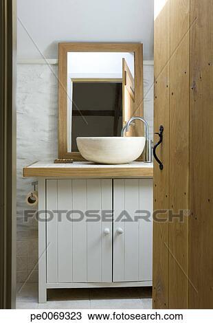 Archivio fotografico ciotola lavandino in moderno for Lavandino bagno moderno