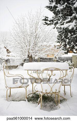 Colecci n de foto mobiliario de patio cubierto con for Mobiliario de patio