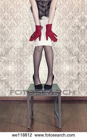 Banque de photo a femme filet collants est for Collant mural francais