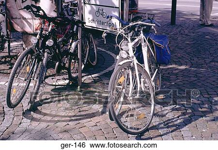 创意设计图片在线 - 自行车, 停车, 区域, frankfurt图片