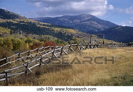 Stock Photograph Of Wood Fencing In Idaho Countryside Usa: usa countryside pictures