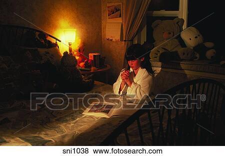 Immagini ritratto di uno giovane ragazza - Giochi a letto per lei ...