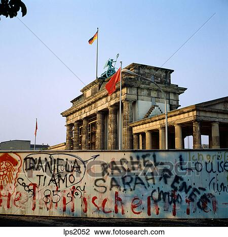 Pictures of 67 1986 Germany Berlin Wall And Brandenburger Tor ...